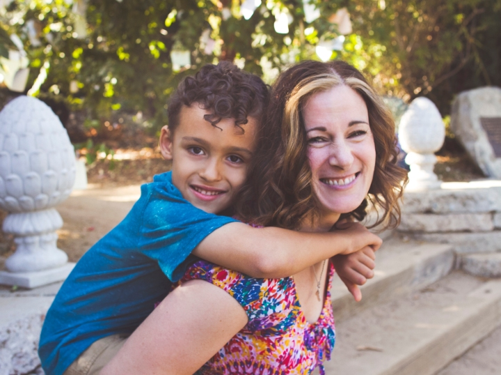 Family Portrait Session in Arlington Gardens Pasadena - Portrait and documentary photographer Shannon M West Photography in Los Angeles, California