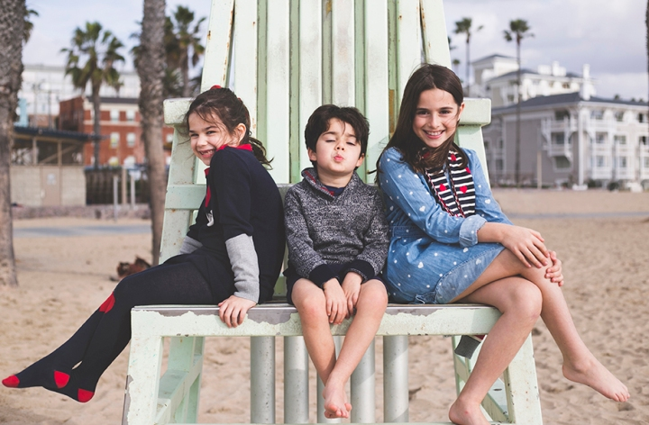 santa monica family portrait session - Shannon M West Photography - photographer Los Angeles kids portraiture